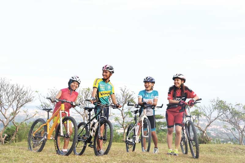 group-bike