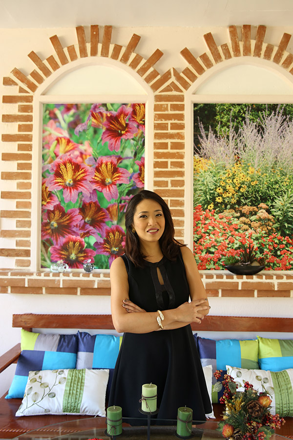 FINDING COLOR. Outdoor enthusiast Angel Llanos pursues more growth in 2015 as she embarks on developing the family's flower farm Mystical Rose on Mt. Babag in Cebu City.