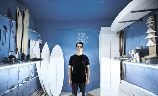 RIDING THE WAVE. Paolo Ong's surfing lifestyle has turned him into a fine businessman: it helps him deal with people well and lets him handle tough situations appropriately.