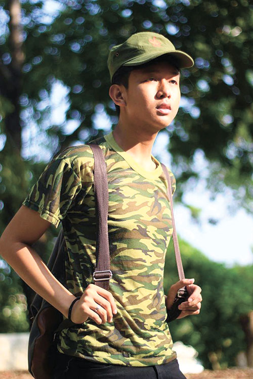 "COLOR IT RADICAL. Blogger Alem Garcia says his ukay-ukay diaries often talk about how similar colors can have different meanings. For example, the camouflage could either mean rebellion or conformity. But in wearing this get up, Alem says, ""I was inspired to become a soldier and a rebel at the same time."" Alem pursues many of these radical ideas in his blog ""Ukay-ukay Diva,"" as he takes a fresher look at the ubiquitous ukay-ukay. (PHOTO BY CHRISTYL PELAYO)"