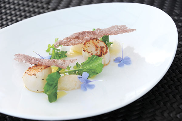Pan-seared Scallop, Pacific Lobster Tartare, with Calamansi Vinaigrette and Rocket Leaf (Contributed Photo)