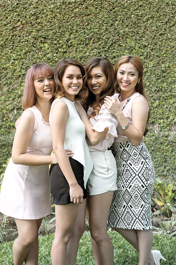 YOUNG, FREE, AND SINGLE. These lovely, empowered ladies (from left) Nicole Batucan, Nicole Blackman, Alex Eturma, and Ivy Gallur, share something in common: they're all single and are having the time of their lives.