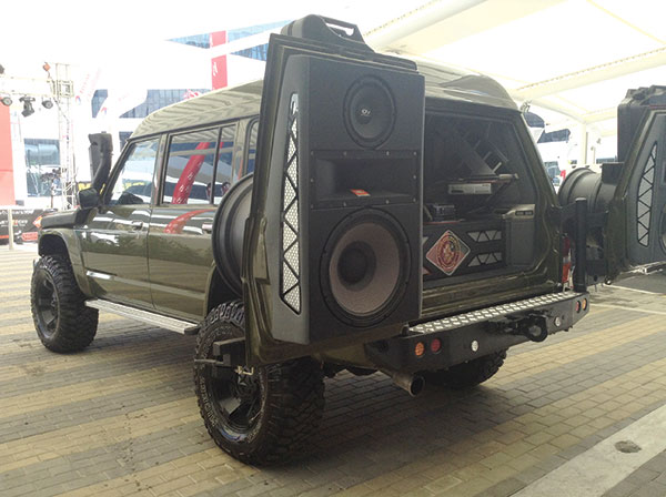 SPEAKERS OF THE HOUSE. A customized Nissan Safari carries massive speakers with complete entertainment system.