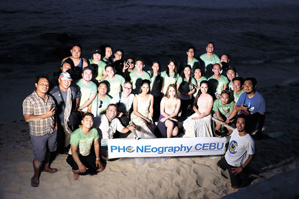 Group shot at Tingko Beach.