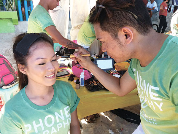 Model Ann Mae Sadagnot gets some makeup. (Cesar Ledesma Jr.)