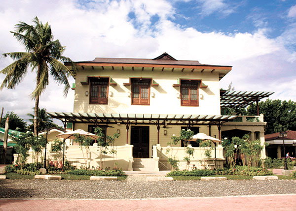 The tapas bar, al fresco dining, function space and swimming pool make Circa 1900 a certified lifestyle destination for dining and leisure in Cebu. With its old-world charm, Circa 1900 served as the perfect location shoot for Sun.Star Weekend's July 10, 2016 cover story featuring local music's newest royalty.