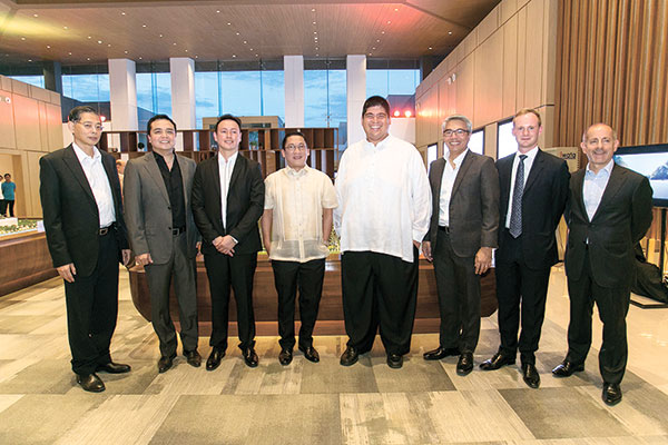 (From left) Taft Properties Chairman Jack Gaisano, Taft Properties Chief Marketing Officer Ryan Villaflores, Mandani Bay Project Director Gilbert Ang, outgoing mayor and Sixth District Representative-elect Jonas Cortes, outgoing sixth district representative and Mandaue City Mayor-elect Luigi Quisumbing, Taft Properties Chief Operating Officer Christopher Narciso, Chief Representative of Hongkong Land in the Philippines Finn Carew, and Vicsal Holdings Co. Group President and Chief Operating Officer Christopher Beshouri