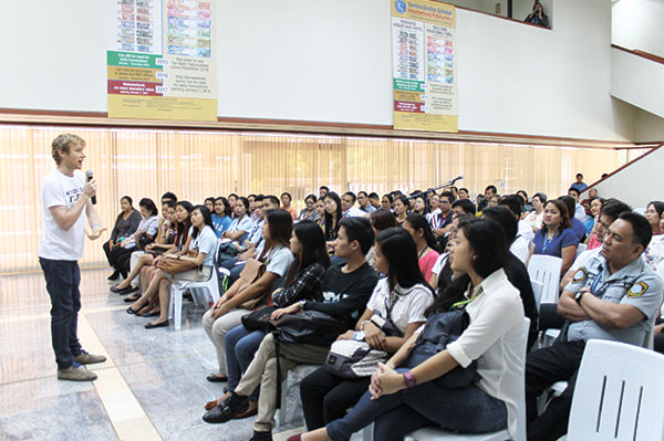 Giving a talk at Bangko Sentral ng Pilipinas Cebu Regional Office