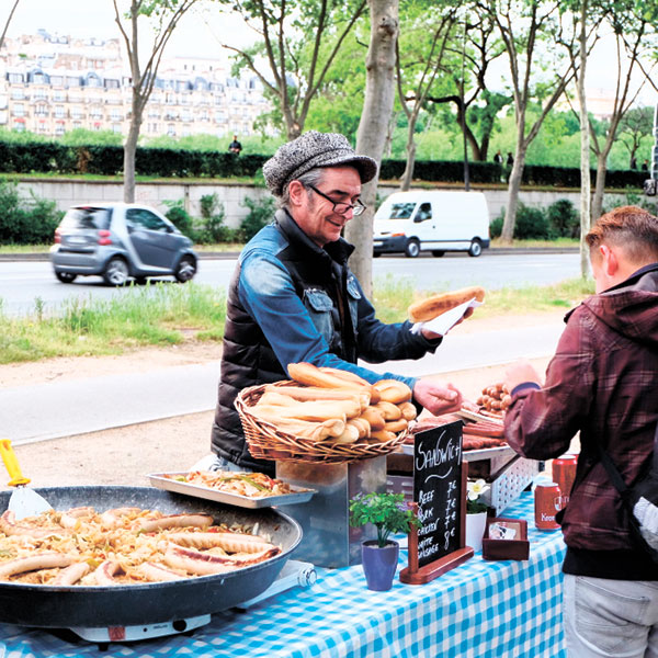 Vendor on Quai Branly