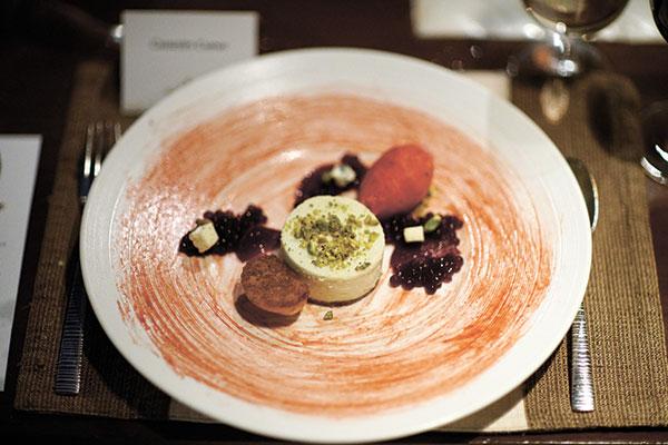 Dessert: Beetroot Caviar, Gorgonzola, Brioche and Forrest Berries Sorbet