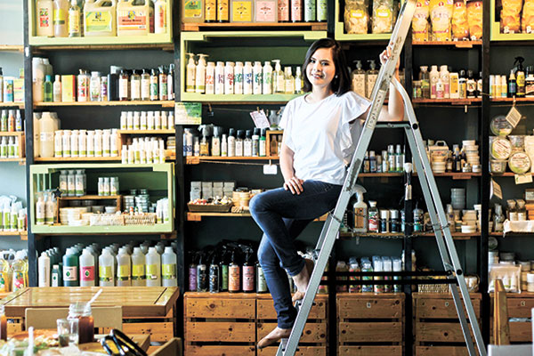 ENTREPRENEURIAL SPIRIT. Meyan aims to showcase Philippine entrepreneurs, the entrepreneurial poor in particular, and be part of educating them beyond what is organic and artisanal. This way, she gets to help struggling business owners and promote Filipino-made products at the same time.