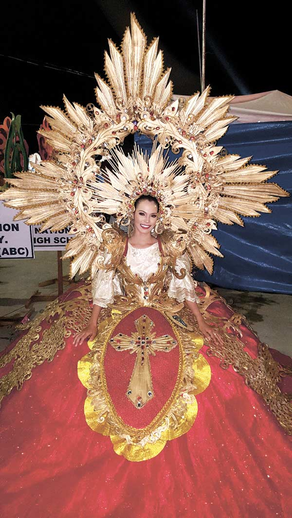 Sinulog Festival Queen 2016 runner up wearing Aldo Senining Loquinario's design, which won Best Costume. (CONTRIBUTED FOTO)